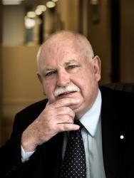 Emeritus Prof Peter Taylor - 1996 - LNA014