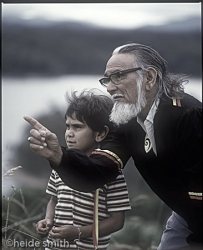 Gaboo and grandson - 1986 - LNA031
