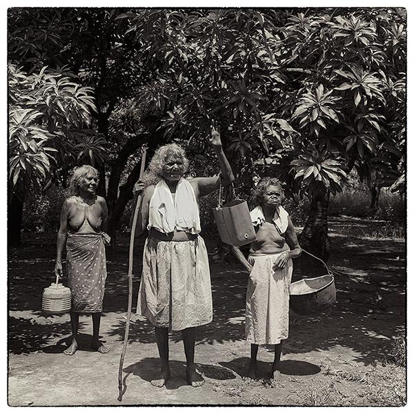 35-Women-Paru-1987